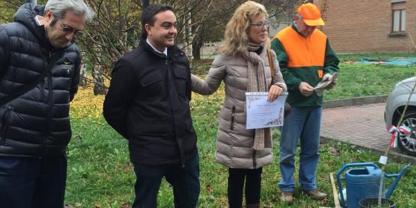 Giornata dell'Albero: Il Presidente Affronti e l'Assessore Battistella donano un albero in ogni scuola