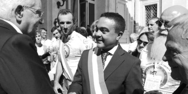 """""""sulle ali della Libertà"""" arriva al Quirinale dal Presidente Mattarella la Pedalata per i 70 Anni della Costituzione con loro il Presidente Affronti"""